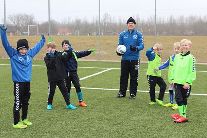 Standerhejsning for U5-U13: 1. april kl. 10.00